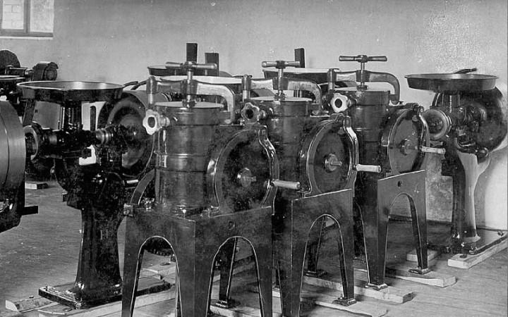 Maschinenteile
